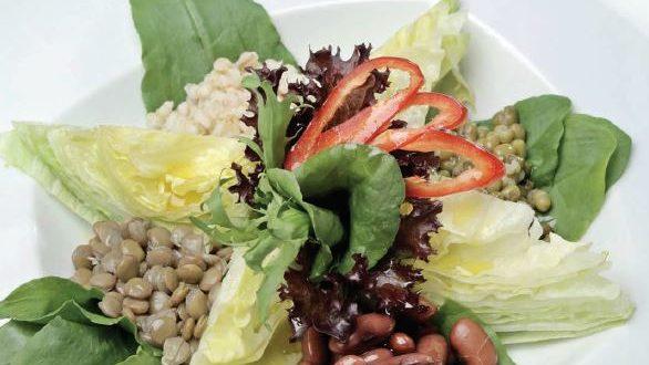Kuru Baklagiller Salatası