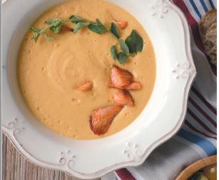 Kremalı Somon Çorbası