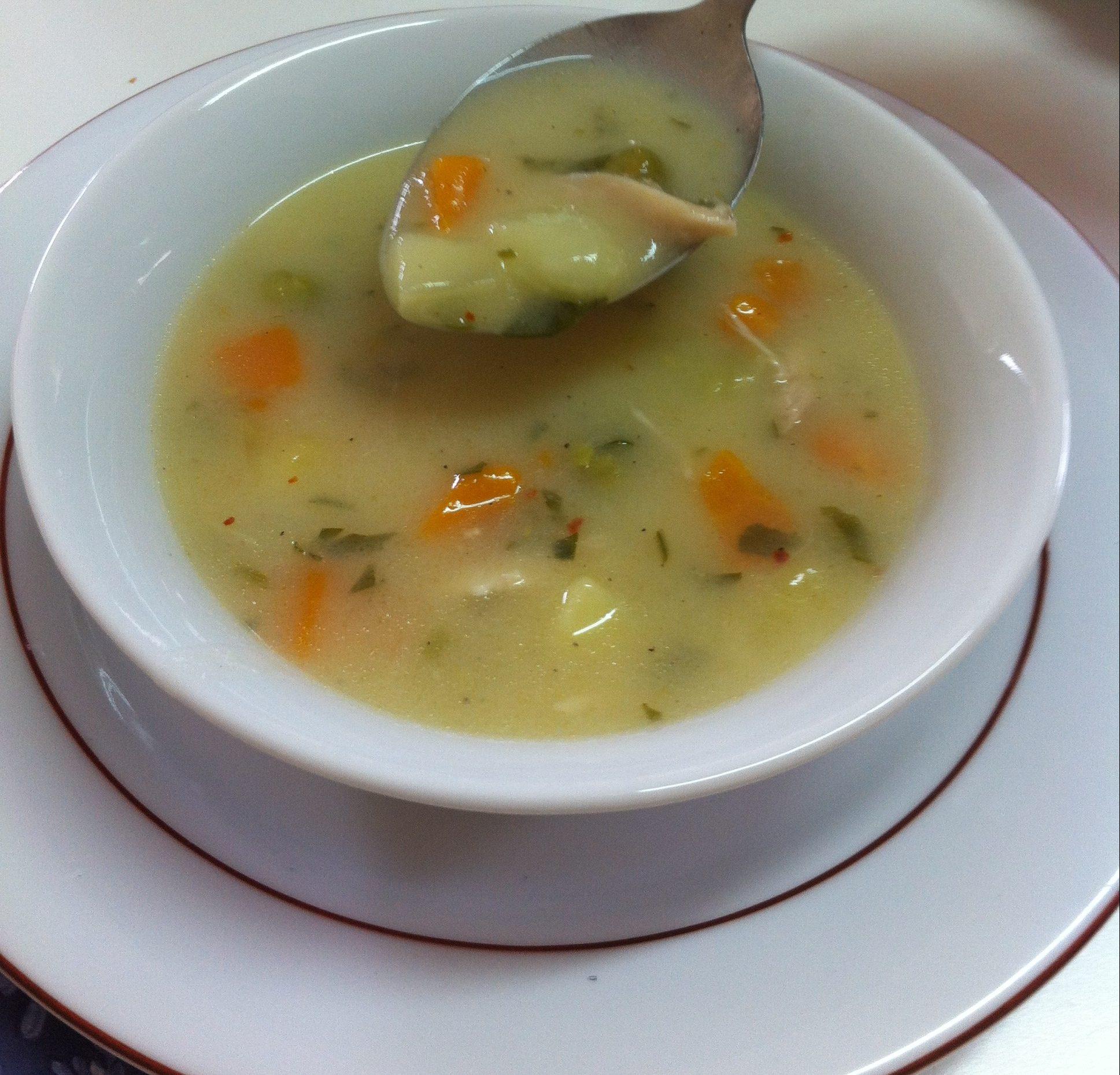 Sebzeli Şehriyeli Tavuk Çorbası