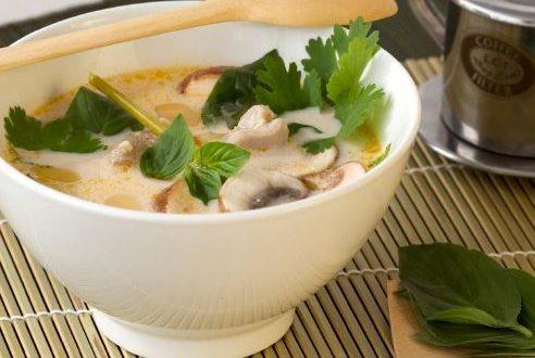 Thai Tom Kha Çorbası