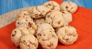 Kuru üzümlü kurabiye