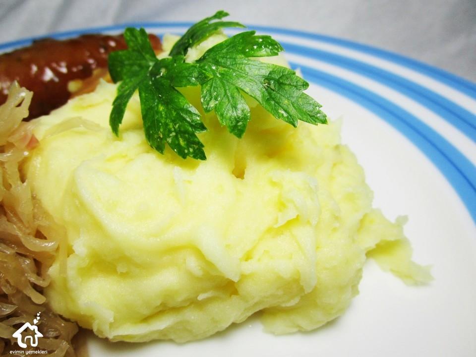 baharatli-muskatli-patates-puresi