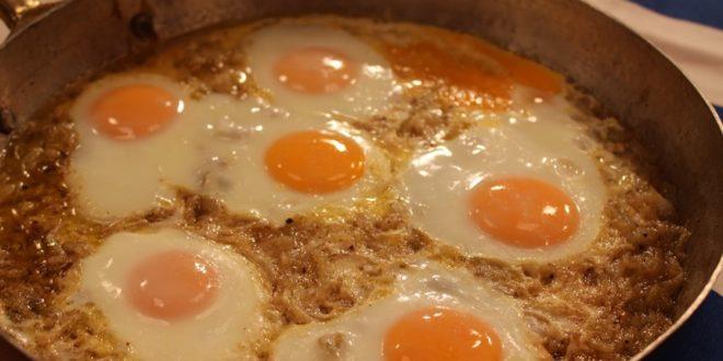 Soğanlı yumurta tarifi
