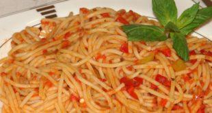 Napolitan Soslu Spaghetti Tarifi