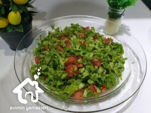 Sumak soslu salata tarifi
